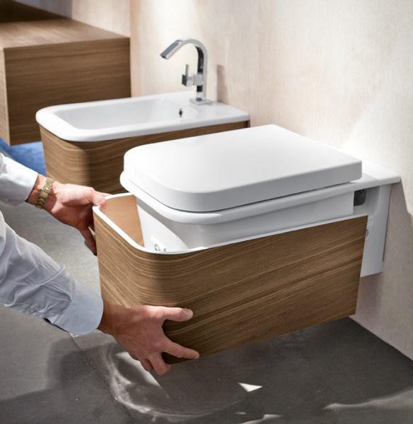 2013 oltre il bagno in collaborazione con edon - Porta accappatoio da doccia ...